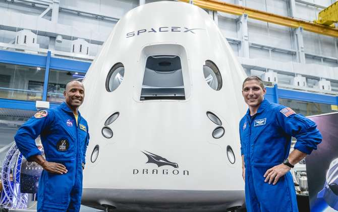 SpaceX: Crew Dragon